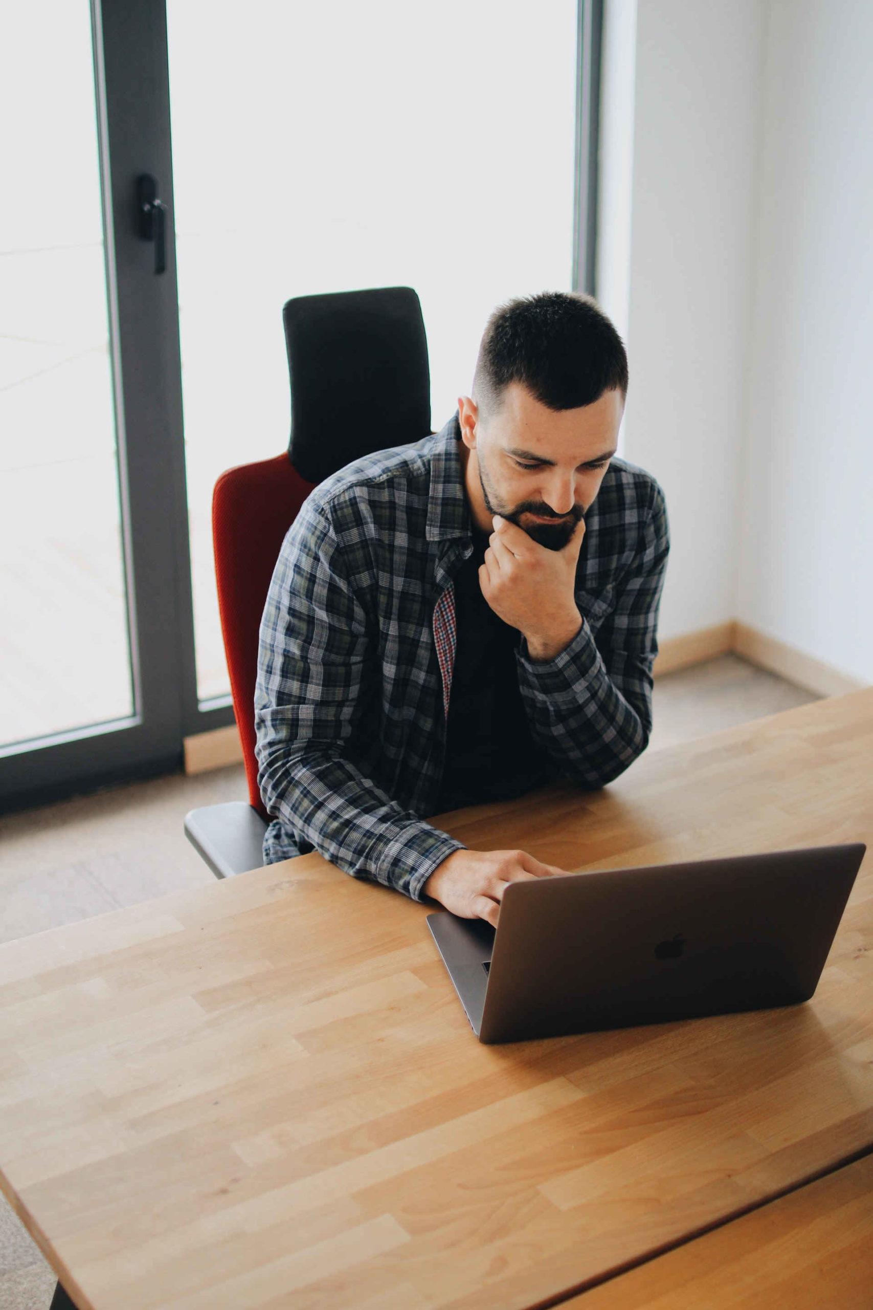 outsourcing-für-unternehmen-agenturen-web-entwicklung-design-seo-google-ads-frankfurt-am-main